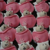 Floral Baby Cupcakes to add an even more girly look to your baby cupcakes! :D