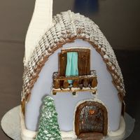 The Winter House   I did this cake for my friends on New Year's day.