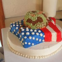 Army Helmet And Flag Cake! i made this cake for my brothers 505th troop that recently got home from iraq.