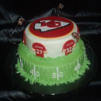 Kansas City Chiefs buttercream with fondant decorations