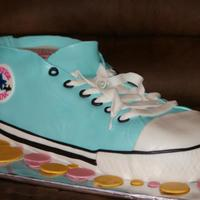 Converse/ Chuck Taylor Just another shoe cake on here but its my first converse. It was fun!