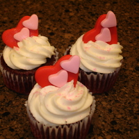 Hearts Cupcakes   All buttercream with fondant hearts.