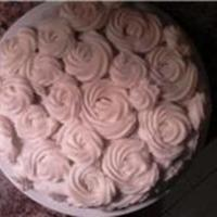 Rose Cake A cake I did for a friends anniversary. I need to figure out how to execute this better. Maybe pre make and freeze then place the...