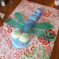Dragonflies   done for my moms b-day she LOVES dragonflies, the wings are made from sugar.