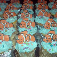 Nemo Runout Cupcakes My first attempt at piping runout figures.