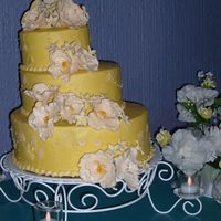 Ivory Cake 2 BC,, Flowers made with 50% gum paste 50% fondant,