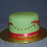 Green And Pink Cake   Just a practice 6 inch left over cake.