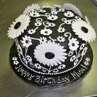 Black And White Flower Cake