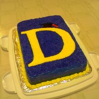 Graduation Cake For my sister, who just graduated from U of Michigan. I did a D for Deborah instead of the usual M. :)