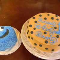 Cookie Monster With Cookie white cake/ b cream frosting.