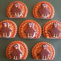 Thanksgiving Turkey Cookies I made forty of these for Thanksgiving to be passed out to friends, family and coworkers. Just a little something to say thanks. These didn...