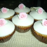 Vanilla Cupcakes With Pink Roses