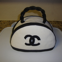 Purse This was a practice run for I cake I want to make for my mom's b day. It was fun I could do a few things diff. next time. Thanks for...
