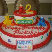 Sesame Street buttercream cake with fondant figurines