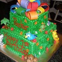 Jungle Cake side view of other animals