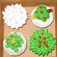 Christmas Sampler   Playing around with left over icing and cupcakes.
