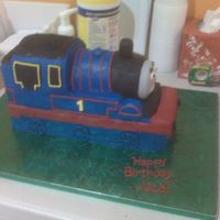 Thomas The Train 3d Thomas carved with the instructions from Wendy on Blogspot! Thanks Wendy :) http://thomasthetankenginecake.blogspot.com