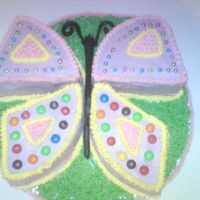 Butterfly Cake I made this cake for my neighbours daughter. She loves butterflies