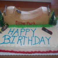 Skatepark I made this for my son's best friend- the 1/2 pipe is made of cake as well!