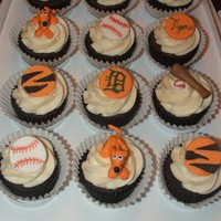 Detroit Tiger Cupcakes   Mmf decorations. Used a black food writer as well.