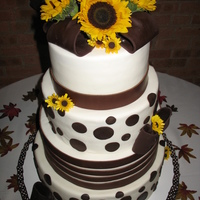 Sunflowers Brown and White fondant design with brown fondant bows.
