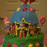 Jojo's Circus Everything is buttercreme and chocolate, except the figurines.