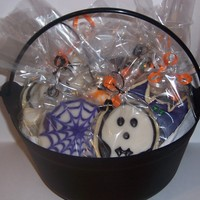 Witches Cauldron Of Cookies Witches cauldron filled with a dozen glazed sugar cookies. NFSC with vanilla sugar glaze