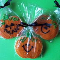 The Great Pumpkin's I did over 100 of these for Halloween this year! Sugar cookie with Toba's glaze. TFL : )