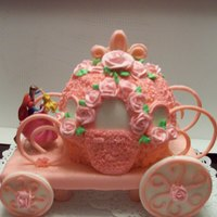 Cinderella's Carriage Made this for a friend from work, her daughter had a Cinderella theme party