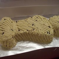 Mummy Cake   My 11 yr old nephew asked me to make this for his Social Studies project, they were studying Eygptian Mummys!