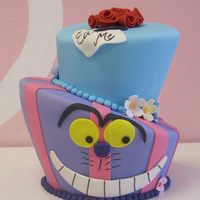 2 Tier Alice In Wonderland Topsy Turvy
