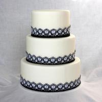 "Daisy Border   6"" 8"" 10"" Rounds iced in fondant with fabric border"