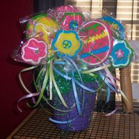 Easter Cookie Bouquet My first time at making a cookie bouquet.....they tasted AWSOME!!!!! Most of the things posted by me are firsts......I have so much to...