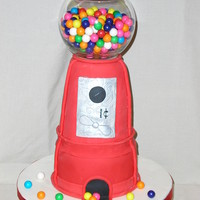 Bubble Gum Machine For a young lady who turns seven! It's a big surprise for her. Three cakes, a 6 x 3, 5 x 3 and 4 x 3 in chocolate and funfetti,...
