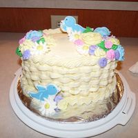 Basket, Birds, And Flowers Class Cake Basket weave cake with blue birds and assorted flowers from Wilton 2 class