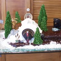 Triple Trophy Pa Hunting Bear, Turkey, Buck This was made for a birthday party, he got triple trophy Bear ,Turkey and Buck (Dear), Fondant and aluminum foil are the animals and Royal...