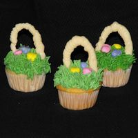Easter Mini's These were for my son's pre-k Easter celebration. Mini's work great for pre-k kids as they don't just lick the frosting off...