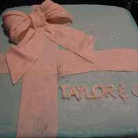 Tiffany Box Cake This was my first attempt on a cake box. It was a birthday cake for my niece who loves Tiffany & Co.