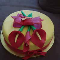 Red Calla Lily   Marble cake with vanilla fondant
