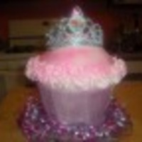 Princess Cupcake I always made small princess cupcake, so I decided to do a large one.