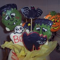 Halloween Cookie Bouquet   This was made for my son's preschool teacher.