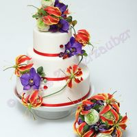 "Wedding Cake For Cake Magazine ""magie Des Zuckers""   with Phaleanopsis, Gloriosa, Ranunculus and Swarovski-Crystals"