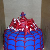 Spiderman royal icing 3D web, rest buttercream