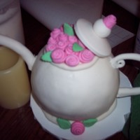 Pink Roses Teapot mmf roses and cake covering. gumpaste top , spout, and handle. I made the top, spout and handle weeks ago, once I had the cake baked, from...