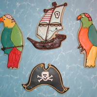 Pirates! NFSC w/Antonia74's RI. I got a set of pirate cookie cutters on sale at Michael's and wanted to give them a try. The parrots were...