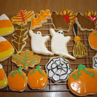 "Halloween Cookies   Sugar cookies with Toba""s glace."