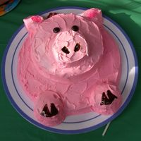 Little Piggy Birthday Cake Fun for both boys and girls.