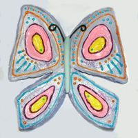 Flutterby Butterfly Cake Easy to make. Use a large round pan, cut into pieces as shown, then decorate.