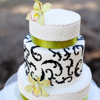 Petit Round Wedding Cake