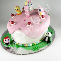 Littlest Pet Shop Cake   littlest pet shop cake.all animals made from fondant